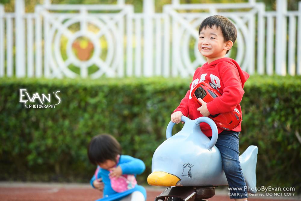 baby photography, baby photography hong kong, family photography, child photography, children photography, hong kong kids photography, outdoor baby photography, outdoor kids photography, outdoor photography, 戶外嬰兒攝影,戶外親子攝影,戶外家庭攝影,家庭攝影,戶外嬰兒攝影,嬰兒攝影,專業戶外攝影,香港兒童攝影,專業兒童攝影,戶外攝影,兒童攝影,戶外兒童攝影,香港戶外攝影, 迪欣湖