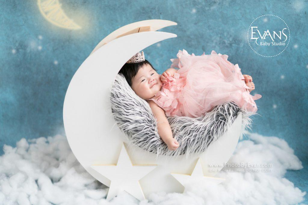 baby photography, bb studio, baby studio, baby studio hk, BB攝影, 嬰兒攝影, 室內嬰兒攝影, 專業bb攝影, 專業嬰兒攝影, 專業影樓bb攝影, 專業攝影, 自然光攝影,自然光嬰兒攝影,自然光BB影樓,香港BB影樓,香港bb攝影,香港嬰兒影樓,香港嬰兒攝影,自然光BB攝影,嬰兒拍攝,影樓攝影,嬰兒影樓攝樓, 三個月大嬰兒攝影,百日攝影,百天嬰兒,嬰兒攝影推介,百天嬰兒攝影