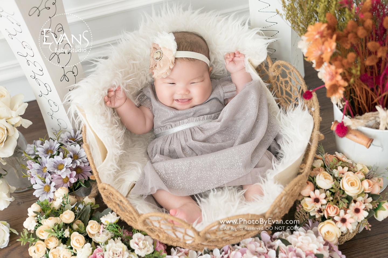baby photography, baby studio, baby studio hk, bb studio, BB攝影, 三個月大嬰兒攝影, 嬰兒影樓攝樓, 嬰兒拍攝, 嬰兒攝影, 嬰兒攝影推介, 室內嬰兒攝影, 專業bb攝影, 專業嬰兒攝影, 專業影樓bb攝影, 專業攝影, 影樓攝影, 百天嬰兒, 百天嬰兒攝影, 百日攝影, 自然光BB影樓, 自然光BB攝影, 自然光嬰兒攝影, 自然光攝影, 香港BB影樓, 香港bb攝影, 香港嬰兒影樓, 香港嬰兒攝影